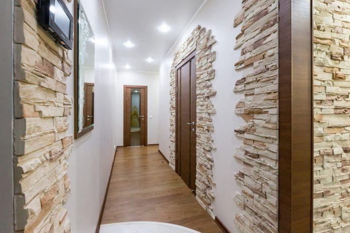 Spots dans le couloir