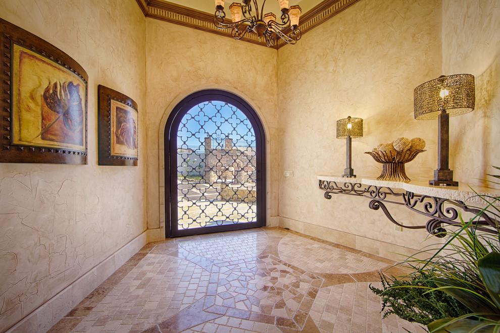 Les portes en fer forgé sont un élément de design qui ne peut tout simplement pas se démoder.