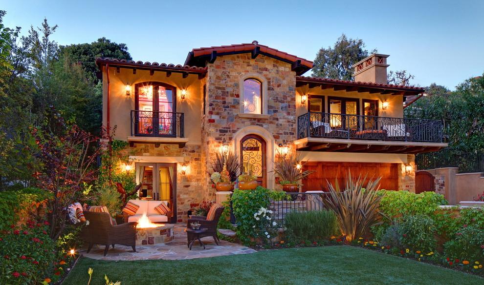 Les éléments forgés ajouteront un sentiment de luxe à la façade