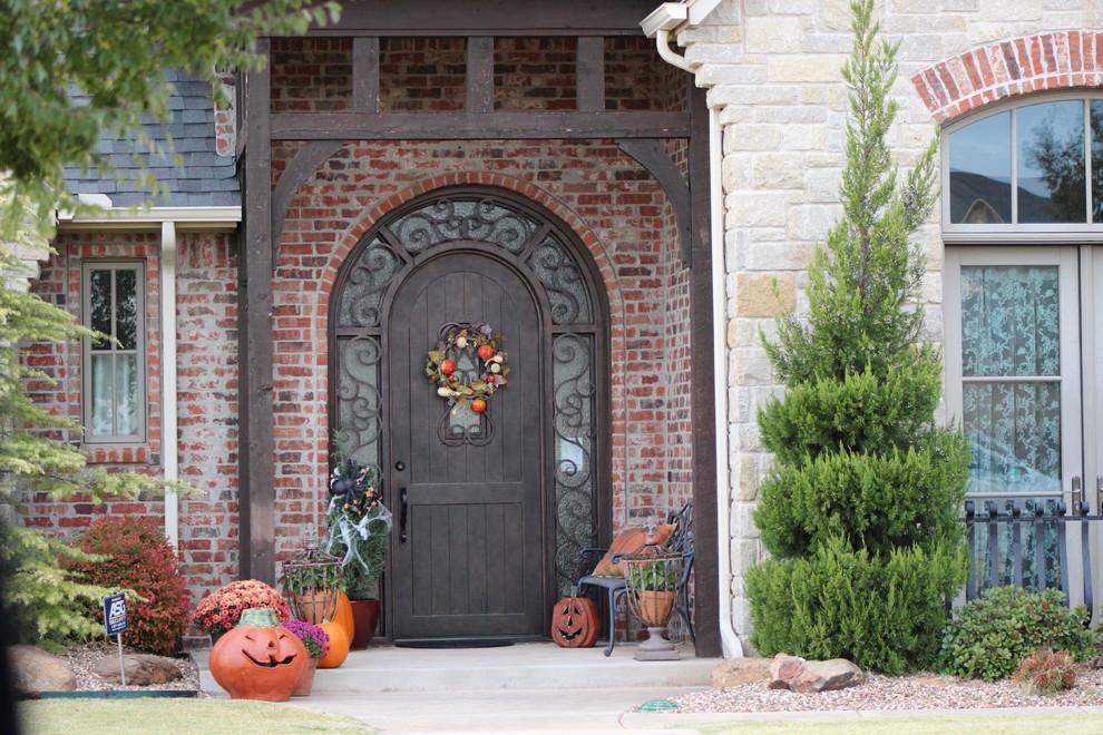L'utilisation de secrets de forgeage préservés des temps anciens rend ces portes exceptionnellement belles.
