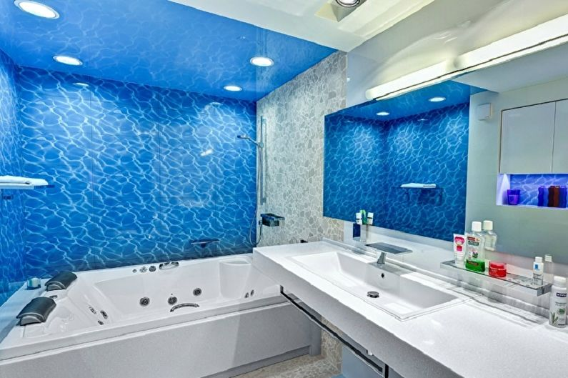Salle de bain bleu marine - Design d'intérieur
