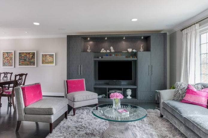 intérieur du salon dans les tons gris-rose