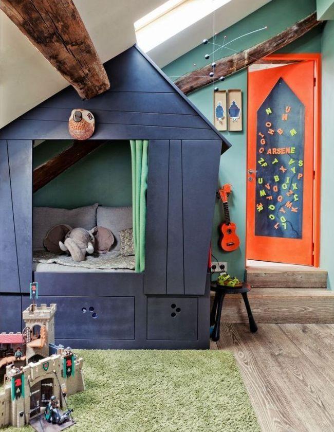 Votre propre maison de jeu dans la chambre des garçons