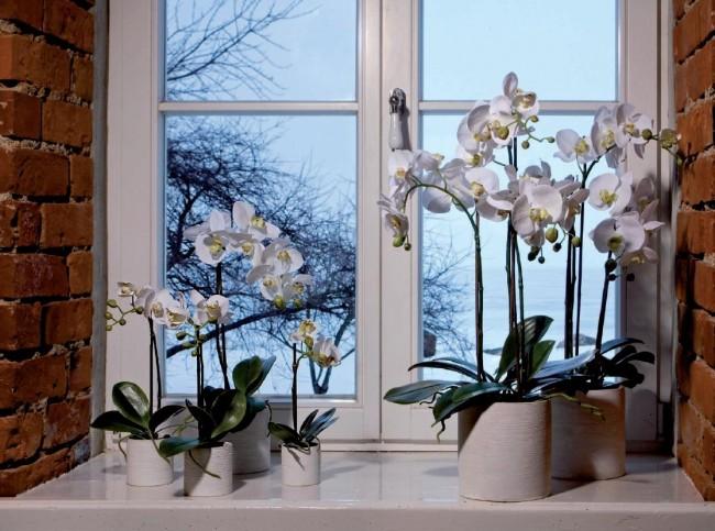 la polyvalence et la possibilité d'utiliser des fleurs artificielles où vous voulez est l'un de leurs avantages