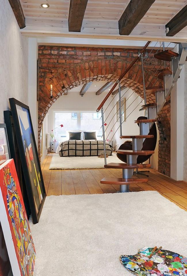 L'intérieur avec une arche est très élégant et original