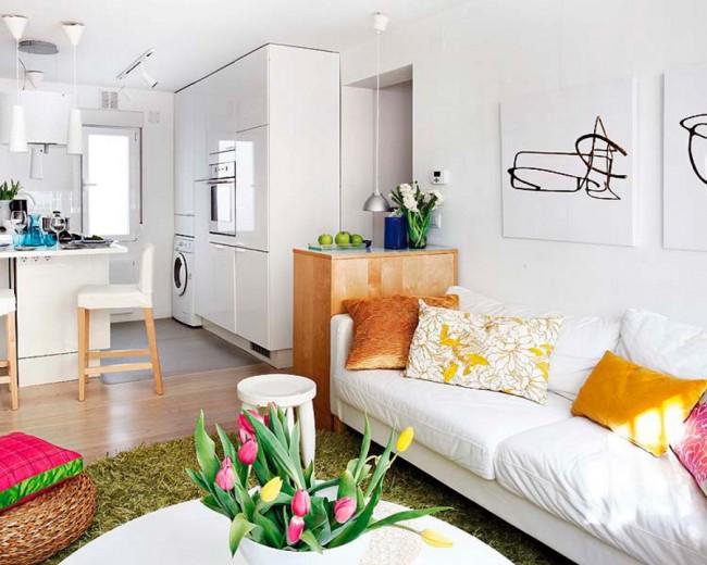 La couleur blanche dans la décoration intérieure aidera à augmenter visuellement l'espace.
