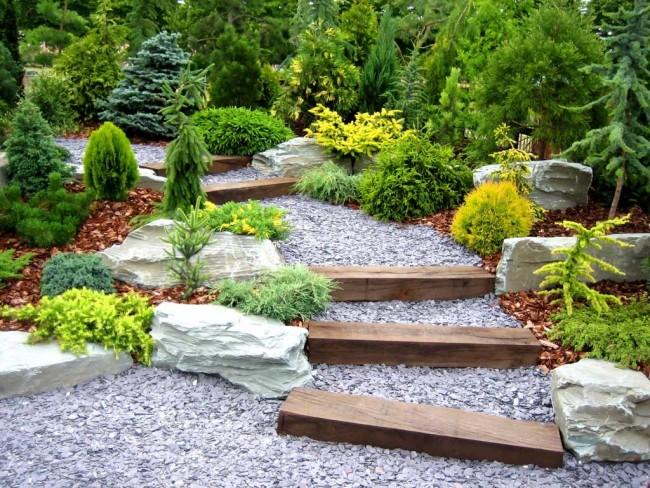 Un bel aménagement paysager remplira votre jardin d'harmonie et de tranquillité