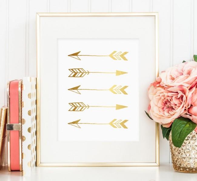 Flèches dorées dans un cadre - simples et originales