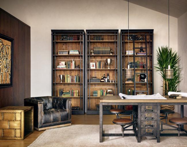 Espace de bureau de gestion de style loft moderne