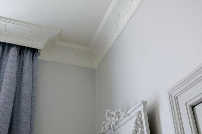 filet de plafond en plâtre