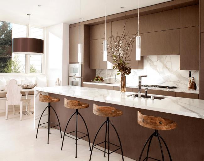 Les éléments en bois ont toujours l'air frais et modernes, et peuvent également compléter l'intérieur dans n'importe quel style