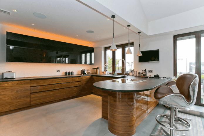 situé à l'intérieur de la cuisine dans un style moderne