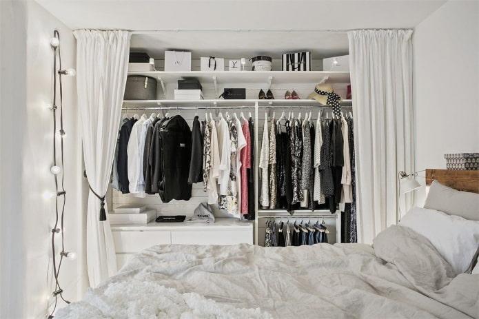 conception de dressing à l'intérieur de la chambre