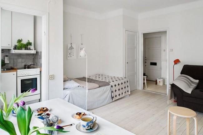 Disposition compacte des meubles dans un petit appartement