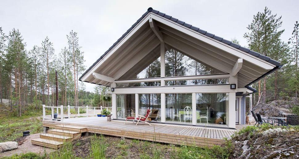 maison avec fenêtres panoramiques