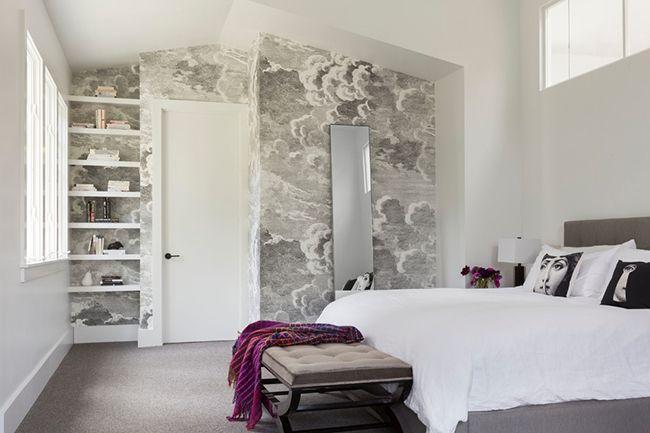 L'utilisation de papier peint gris est devenue une nouvelle tendance de la mode