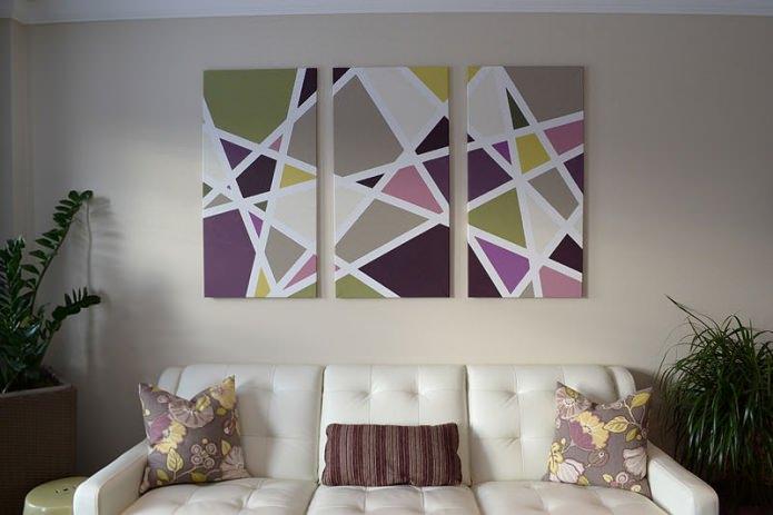 tableau modulaire moderne à l'intérieur du salon