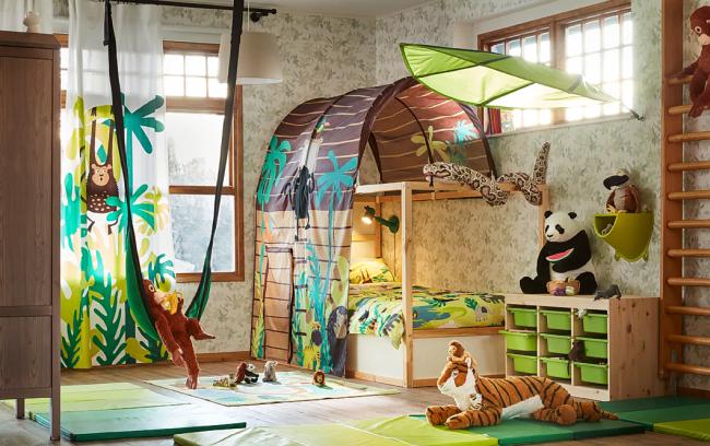 Pépinière lumineuse dans le style jungle