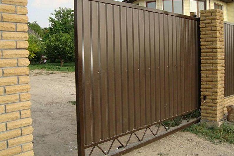 Caractéristiques de conception des portails et des portillons en carton ondulé - Coulissant