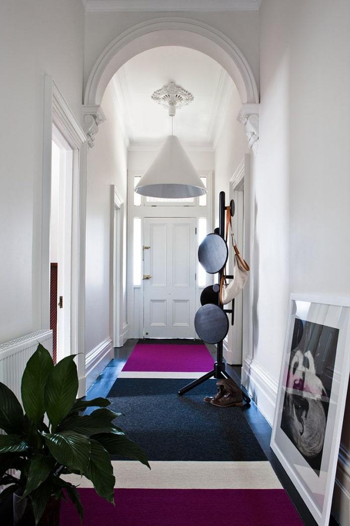 long couloir élégant