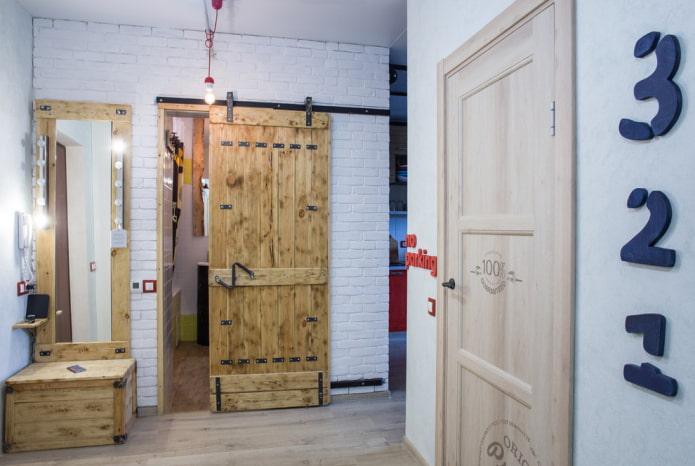 finition du couloir dans un style industriel