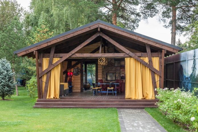 extension semi-ouverte à la maison