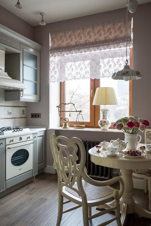 rideau transparent dans la cuisine