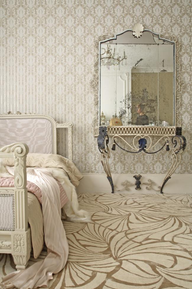 Une solution spectaculaire pour la décoration murale dans une chambre shabby chic