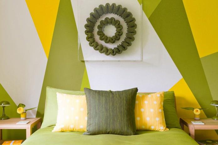 Chambre jaune olive