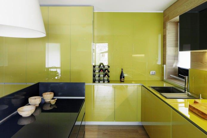 ensemble d'olives brillantes