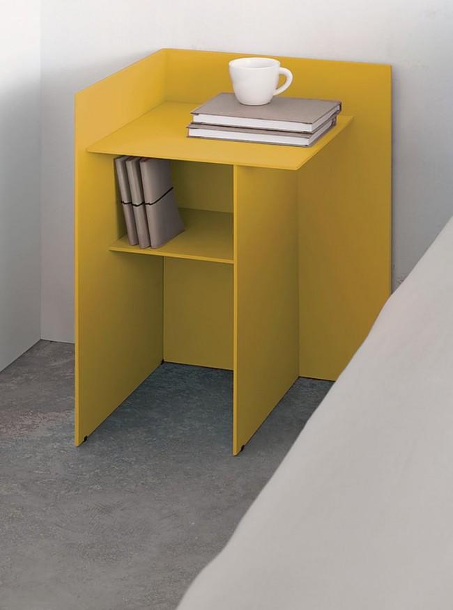 La table de chevet d'angle convient aux chambres avec de petites surfaces