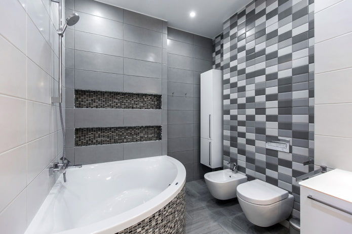 intérieur de la salle de bain dans les tons blancs et gris