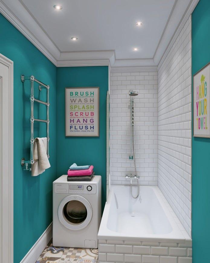 salle de bain blanche et turquoise