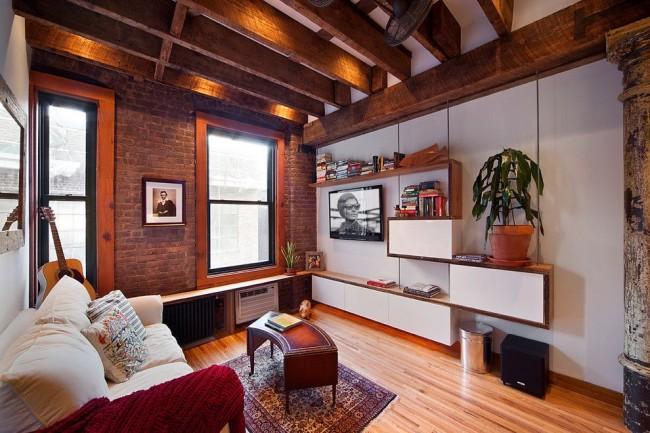 Petit mur dans un intérieur de style loft