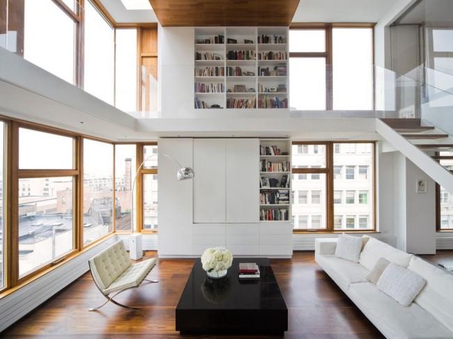 Salon superposé avec mur blanc