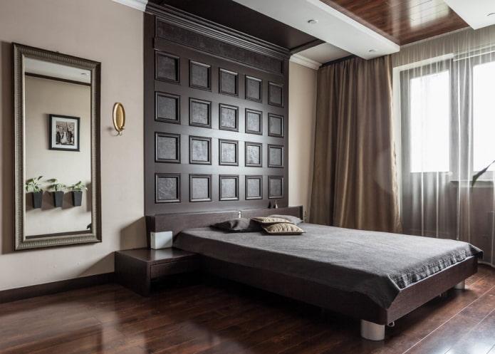 Tête de lit qui se fond dans le plafond