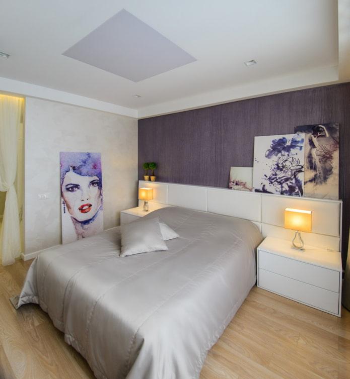 tête de lit avec étagères