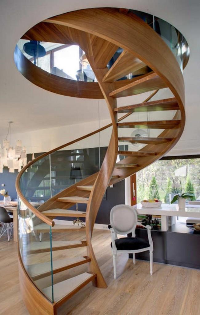 Escalier en colimaçon élégant