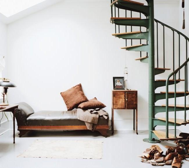 Escalier dans un intérieur élégant