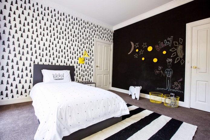 intérieur noir et blanc de la pépinière avec ajout de jaune