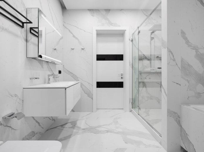 salle de bain dans le style du minimalisme