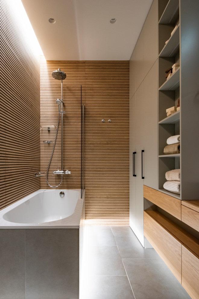 décoration de salle de bain dans le style du minimalisme