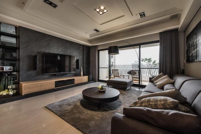 salon spacieux avec fenêtres panoramiques