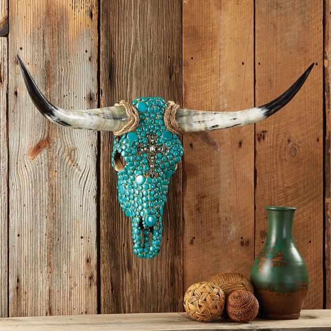 Décoration d'intérieur : tête de mort incrustée de véritables pierres turquoises