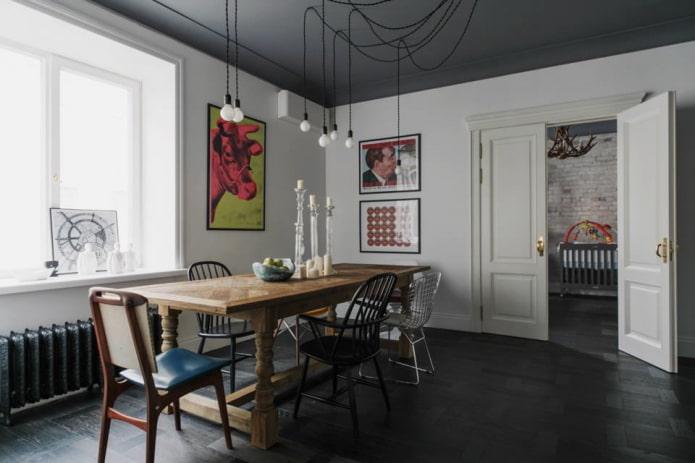 portes battantes dans la salle à manger de style loft