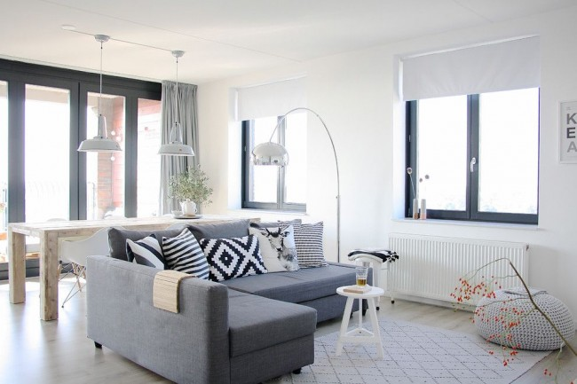 Meubles dans le style du minimalisme de la marque populaire IKEA