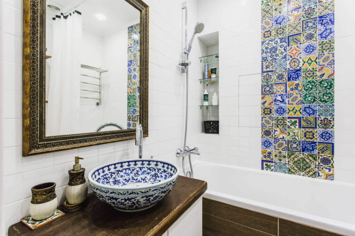 Carrelage marocain dans la salle de bain