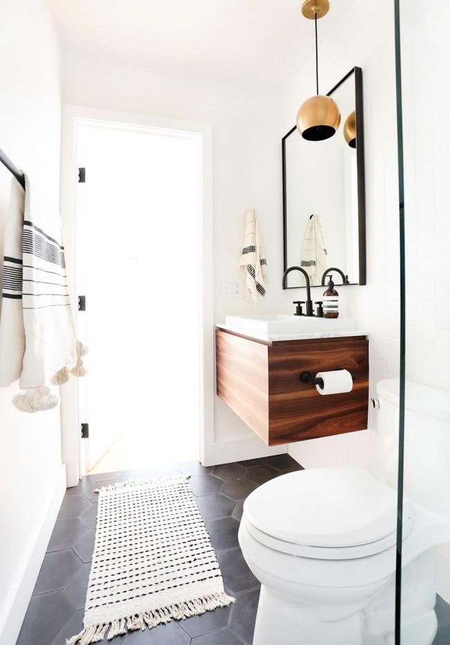Salle de bain combinée de style scandinave