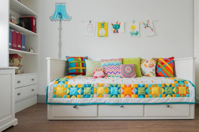 Couvre-lit multicolore