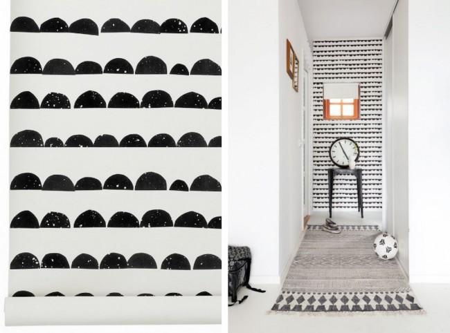 Une façon originale de décorer un mur dans un couloir étroit : en utilisant un tampon en caoutchouc fait maison ou d'autres matériaux de récupération